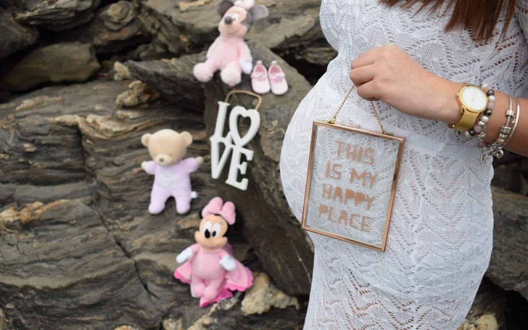 The Two Types of Surrogacy:Traditional Surrogacy and Gestational Surrogacy